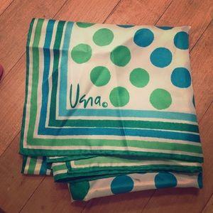 Lovely vintage Vera Neuman scarf white/teal/green